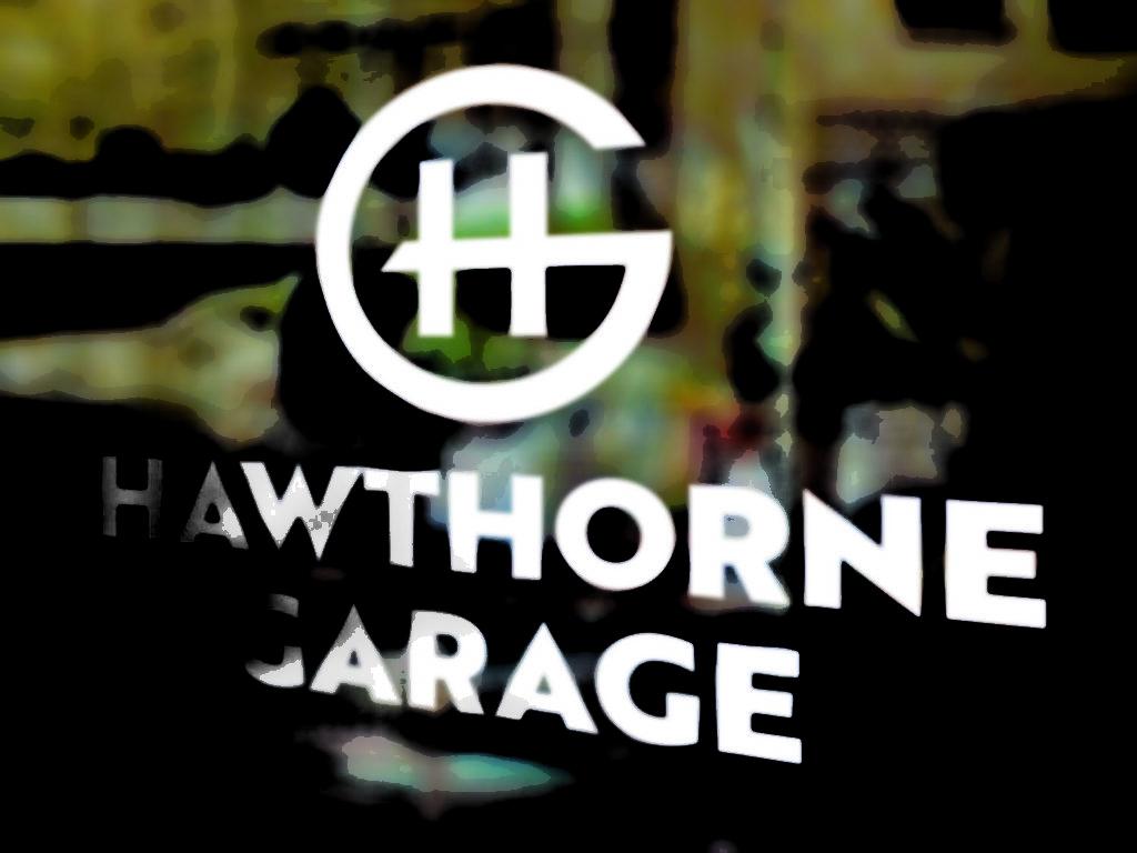 Vales Advertising - Hawthorne Garage logo